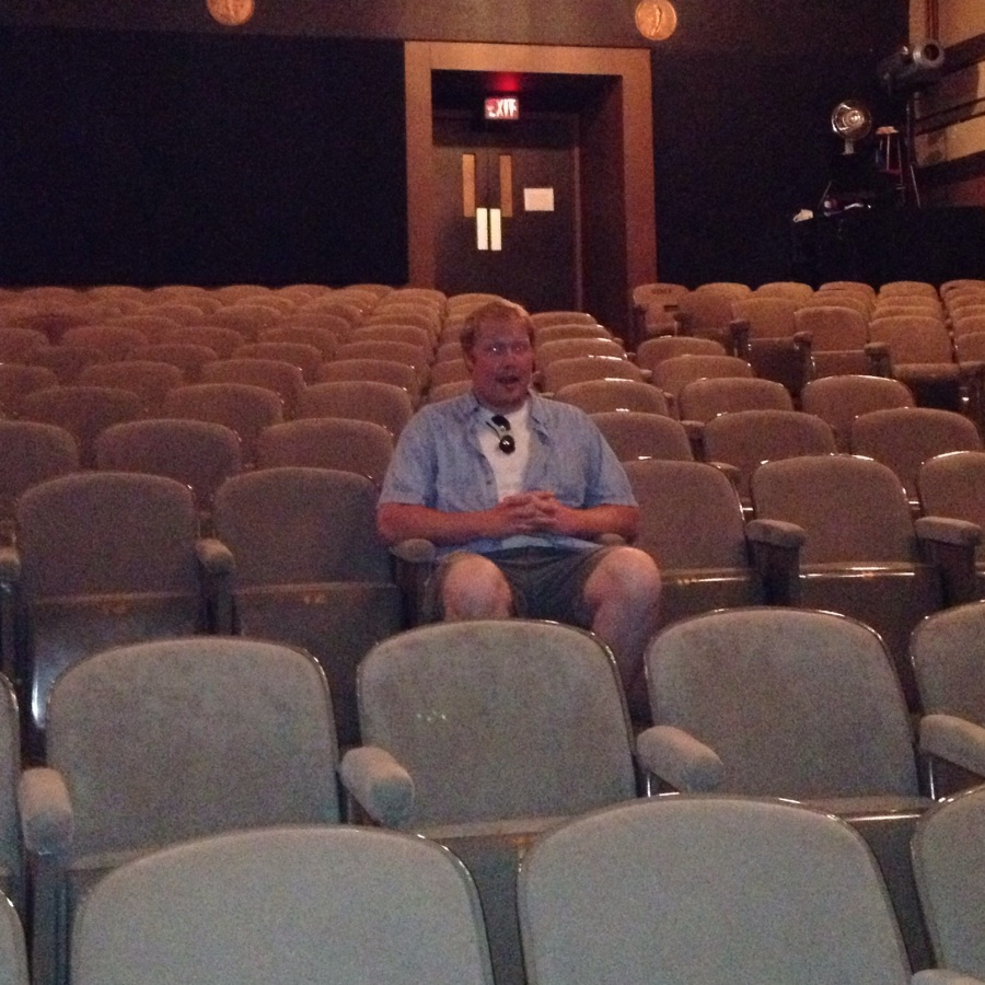 Theatre Etiquette: How to Be a Great Audience Member