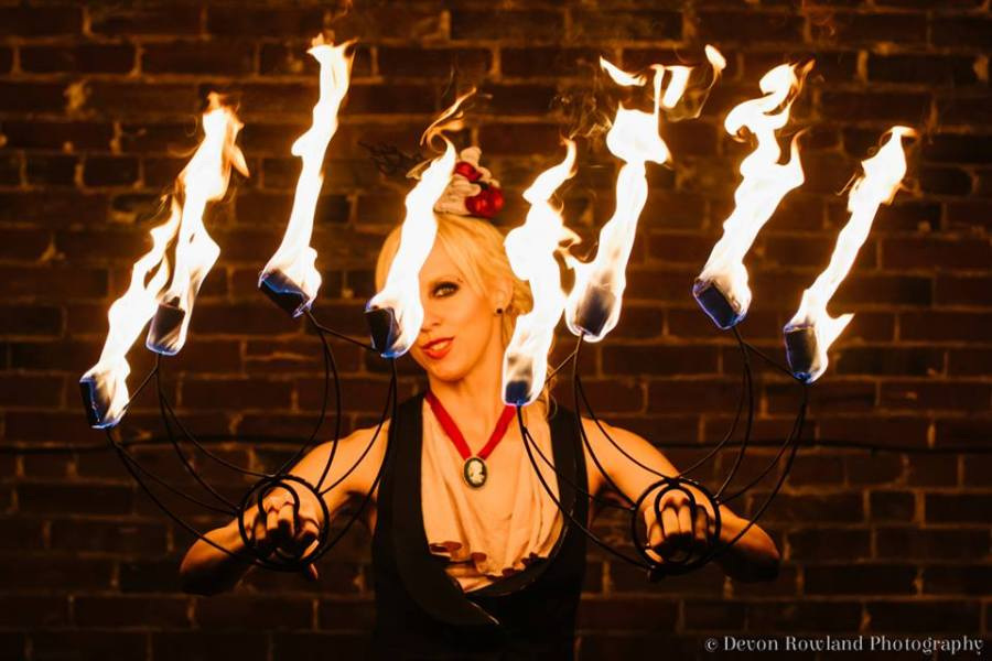 """Theatre Talk With Caitlin """"Spinnabel Lee"""" Matanle, Circus Performer & Businesswoman"""
